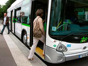 Incivilit�s et Agressions dans les transports urbains : Comment pr�venir les risques psychosociaux ?