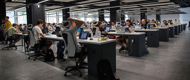 Un outil pour évaluer la gêne ressentie dans l'environnement sonore des bureaux ouverts
