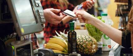 Commerces alimentaires de proximité : comment améliorer les conditions de travail ?