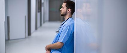 Accidents du travail et maladies professionnelles dans la fonction publique hospitalière : quelle procédure appliquer ?