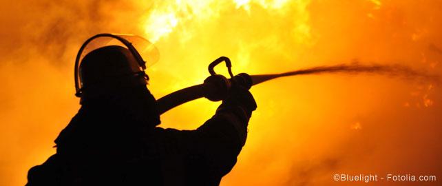 fumées incendie pompier