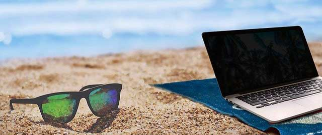 10 conseils pour vous protéger contre les cybermenaces pendant vos vacances