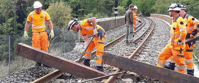 SNCF Réseau lance une campagne sur la sécurité engins rail route
