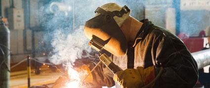 Des pistes pour améliorer les conditions de travail des serruriers-métalliers