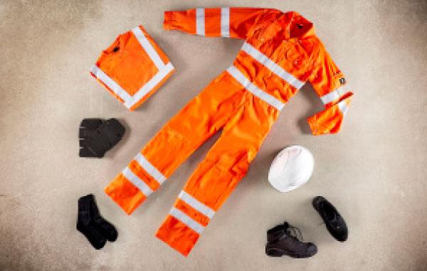 Combinaison Hi-vis orange avec poches genouillères MASCOT, classe 3