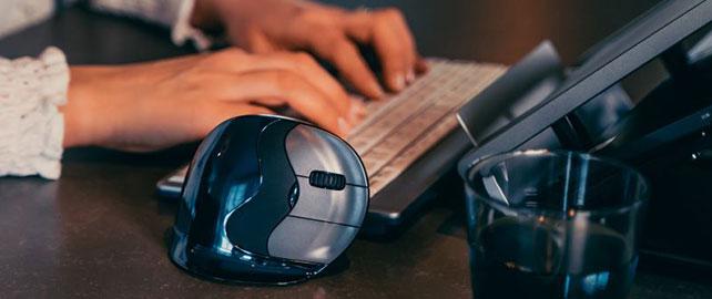 Des solutions ergonomiques haut de gamme pour les utilisateurs d'ordinateurs
